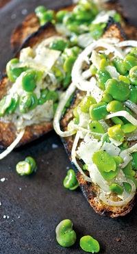 fava-beans-bruschetta | cool ideas for work | Pinterest