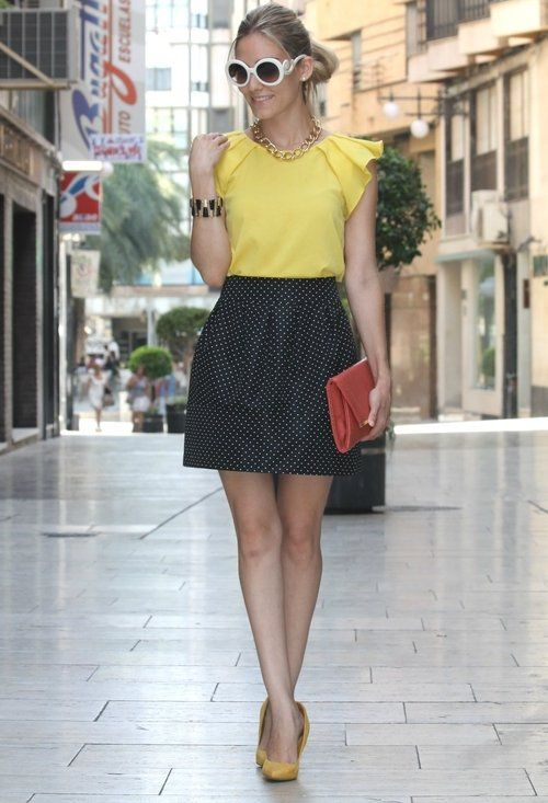Prada  Glasses / Sunglasses, Blanco  Jewelry and Zara  Shirt / Blouses