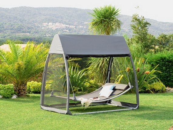 Sunny Days Backyard Camp : Decorative Outdoor Furniture for Beatiful Sunny Days