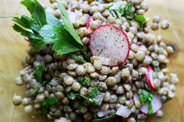 we eat. happy.: lentilles du puy. french lentil herb salad.