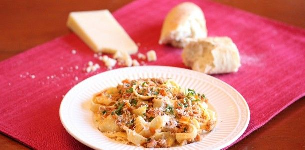 Pasta with Bolognese Sauce | recipes | Pinterest