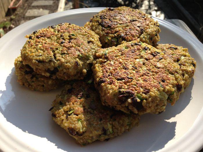 black bean, zucchini, quinoa burger | Vegan/Vegetarian Food Stuffs ...