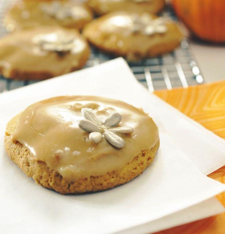 Pumpkin Cookie with Salted Caramel Glaze | foods & drinks & yummy stu...