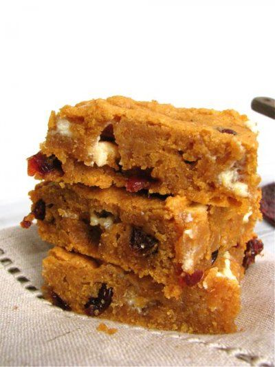 Spiced Sweet Potato Blondies with Cranberries and White Chocolate - Perfect alternative to pumpkin!