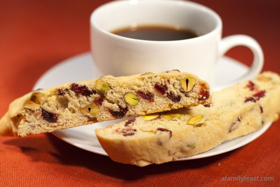 Cranberry Pistachio Biscotti - the perfect holiday cookiecranberry ...