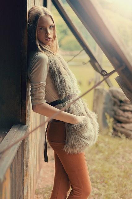 Fur Vest. #fur #fashion #neutral