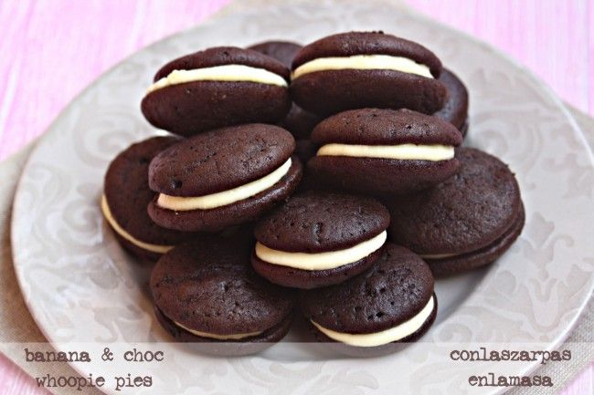 banana and chocolate whoopie pies | Sweets/good eats | Pinterest