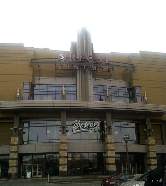 Check showtimes & buy movie tickets online for Regal Colonie Center Stadium 13 & RPX. Located at Colonie Center Albany, NY >>> Check showtimes & buy movie tickets online for Regal Colonie Center Stadium 13 & RPX. Located at Colonie Center Albany, NY >>>Location: Colonie Center Albany, NY.