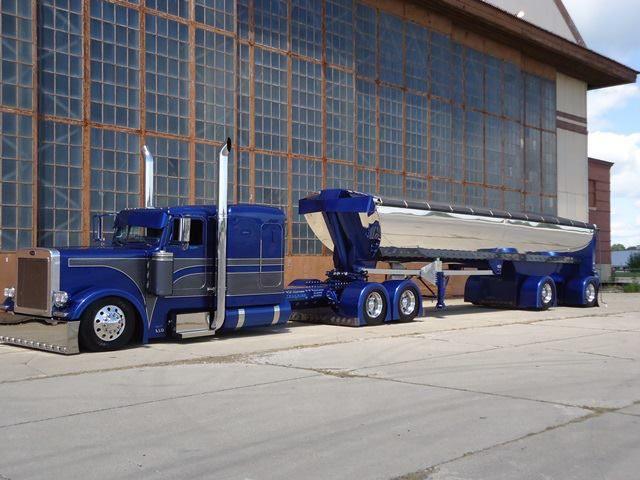 Custom trucks autos post