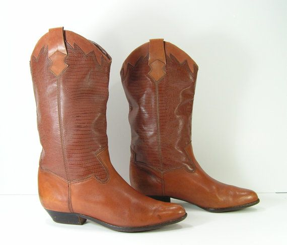 vintage low heel cowboy boots womens 9 m brown leather
