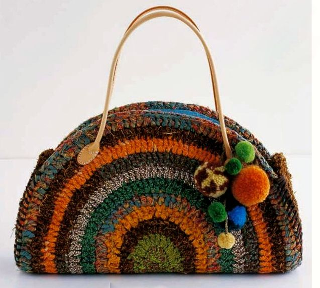 How To Make A Crochet Bag : How to make a t-shirt yarn crochet bag crochet bags Pinterest