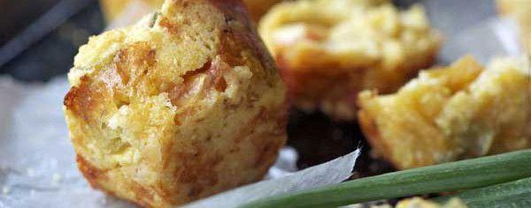 Tomato Cheddar Corn Muffins | Yum! | Pinterest