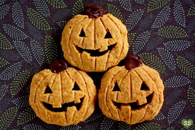 Jack O'Cookie What a cute treat for any Halloween occasion! Recipe ...