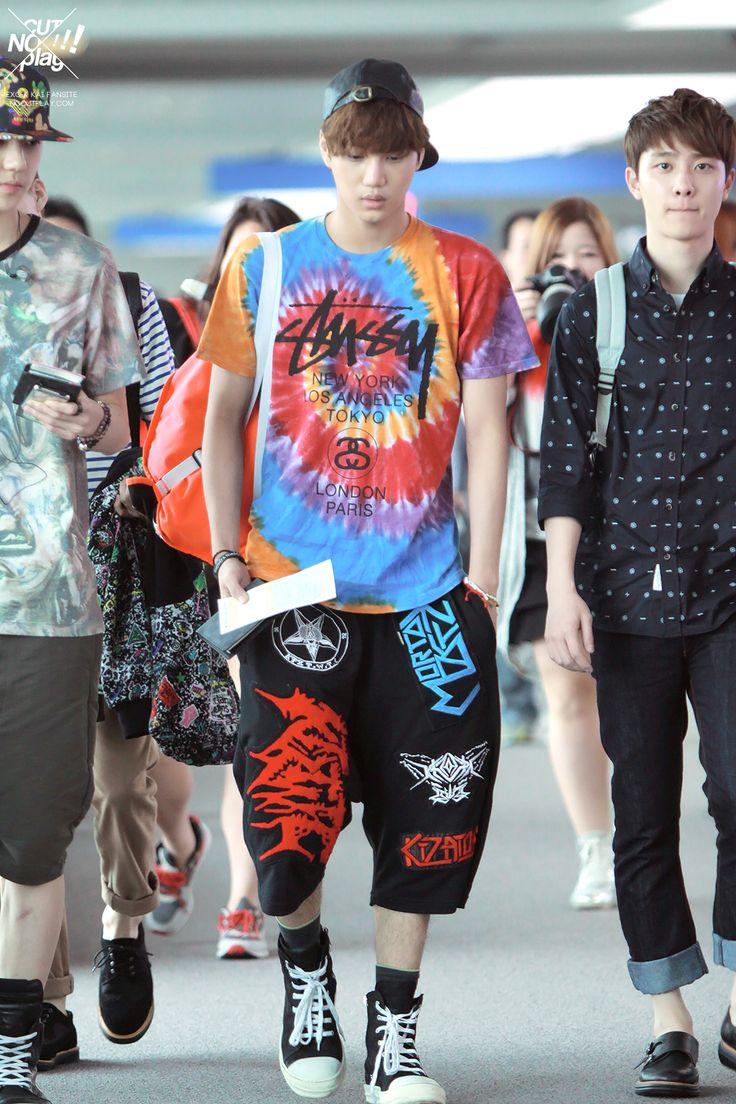 Exo kai airport fashion