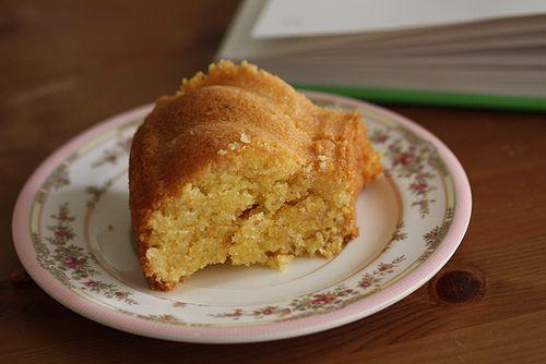 gluten free lemon, almond and polenta cake