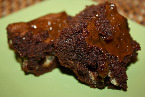 Twix Caramel brownies | Brownies/Bars | Pinterest