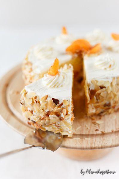 Karen DeMasco's Almond Cake With Apricot Preserves Recipe ...