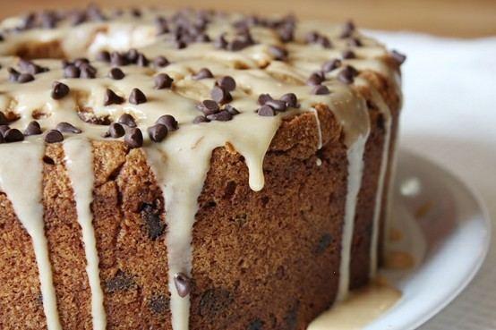 PEANUT BUTTER CHOCOLATE CHIP POND CAKE W/ PEANUT BUTTER GLAZE