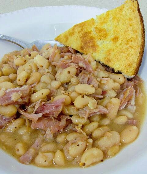 Beans and cornbread | Makes Me Say Yummm | Pinterest
