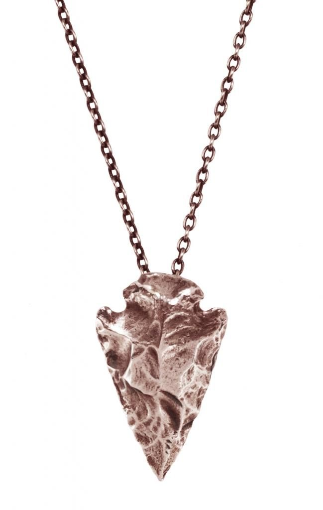 Arrowhead necklace -- Love the rose gold.