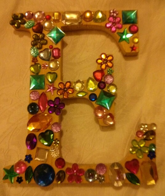 Letter decorating crafts diy pinterest for Decoration 5 letters