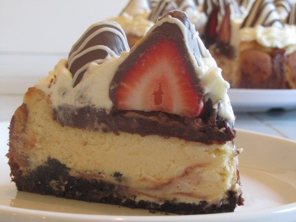 Chocolate Covered Strawberry Cheesecake | Cheesecakes | Pinterest