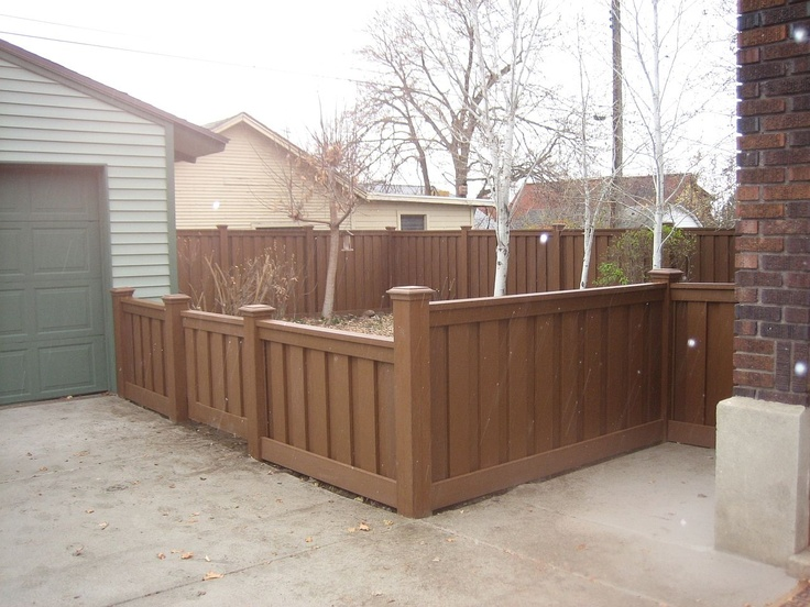 Possible Fence Design I Like Varying Heights And Post Caps Are