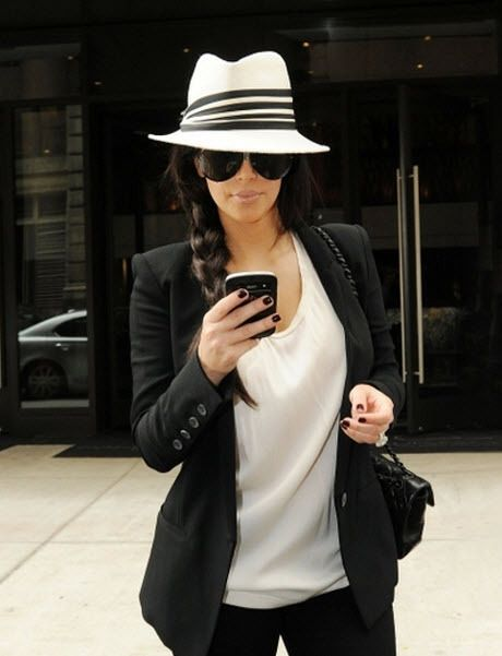 Love that hat! :)