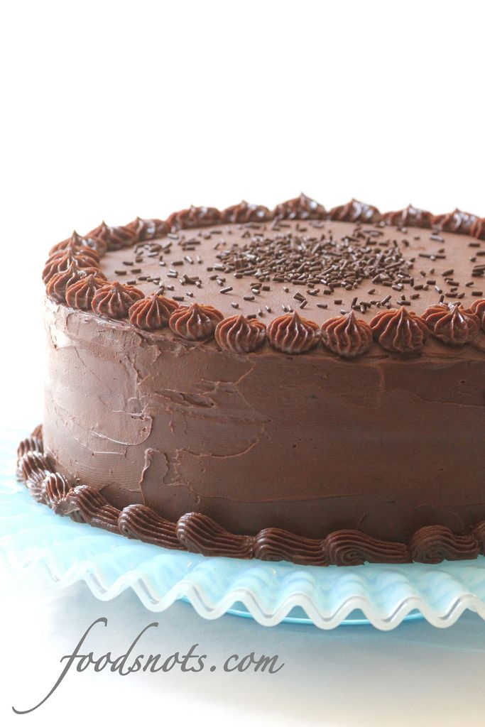 Chocolate Cheesecake Cake - It's chocolate cheesecake, sandwiched ...