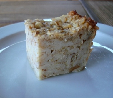 Apple matzoh kugel - man, I really need to take a better photo of this ...