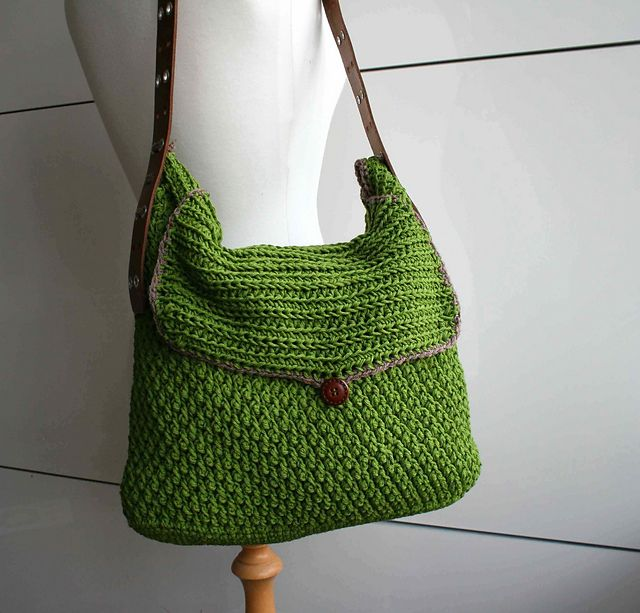 Crochet Handle For Purse : Ravelry: Leather handle carry all crochet purse 178 pattern by Luz ...