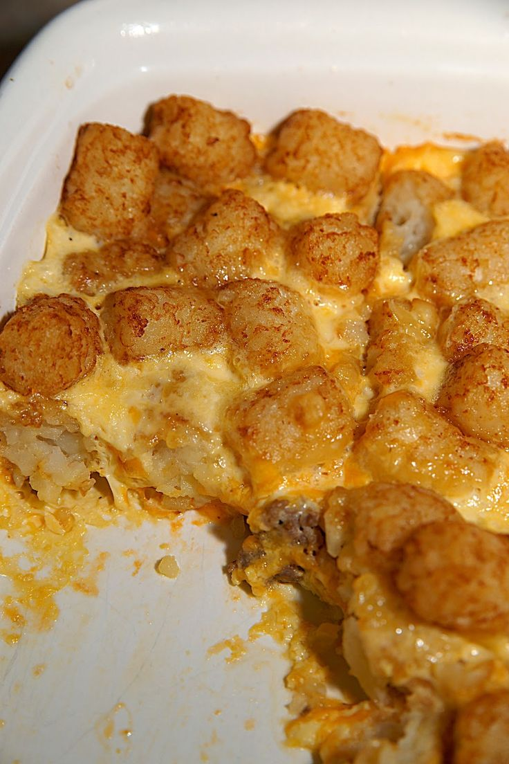Breakfast Tater Tot Casserole. This was a hit at my house. Soooo yummy ...