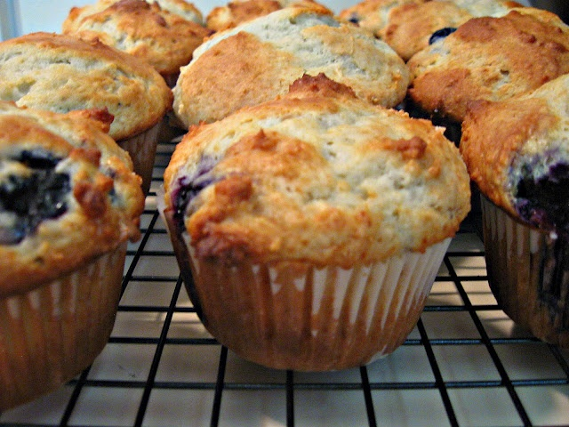 Sour Cream Blueberry Muffins Recipe | yummy food | Pinterest