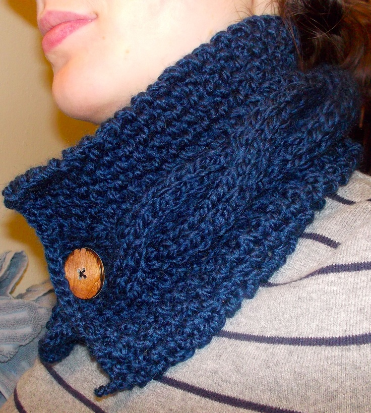 Easy knit cowl. So much quicker than a scarf and so much better Just ...