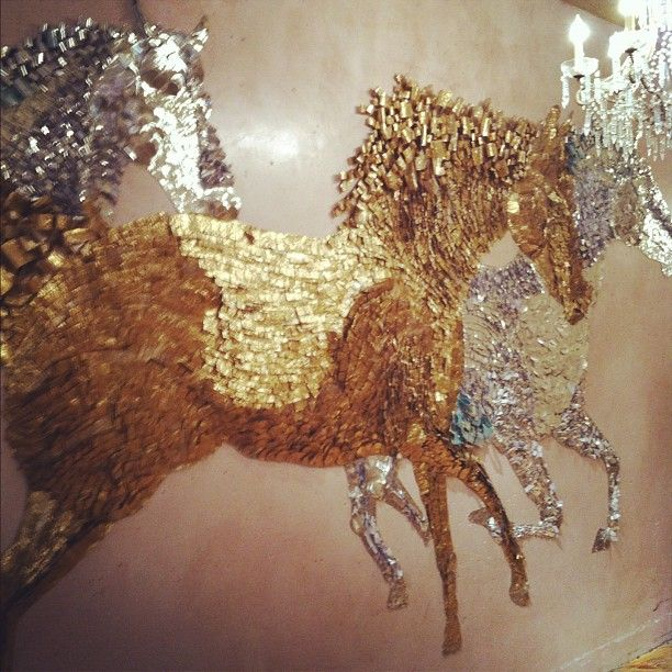 Wall Decor With Glitter : Glitter wall art craft