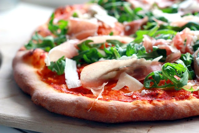 ... much love everything with arugala. Especially Prosciutto Arugula Pizza