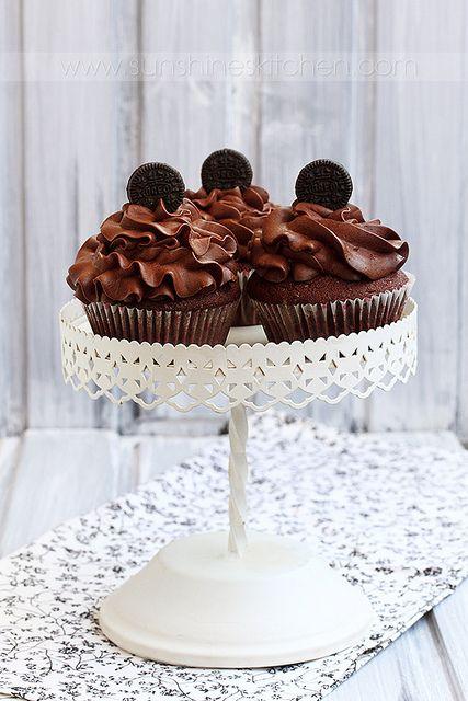 ... jasmine cupcakes recipes dishmaps honeysuckle and jasmine cupcakes