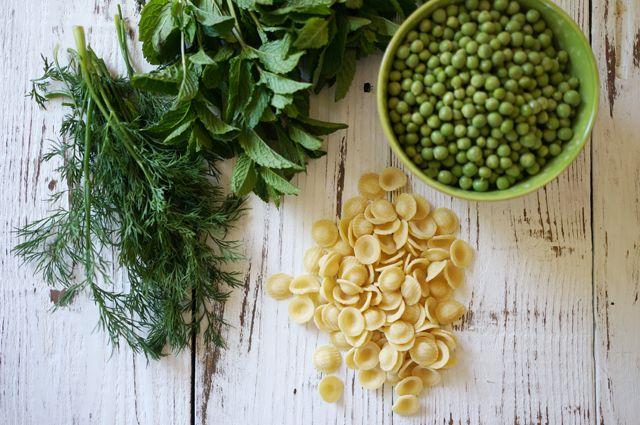 Pesto Pasta Pea Salad | Appetizers and Salads | Pinterest