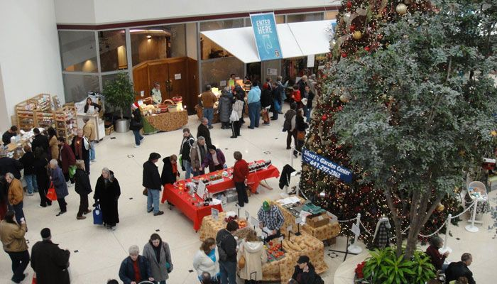 Have your kids help pick out fresh ingredients at the Winter Farmers' Market.