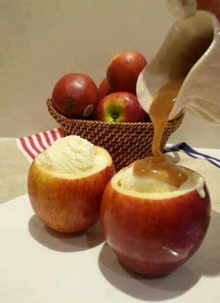 Apple dessert | Treats/Holiday Treats | Pinterest