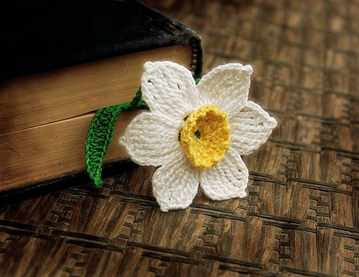 Crocheted Bookmark, Yellow and White Daffodil. $10.00, via Etsy.