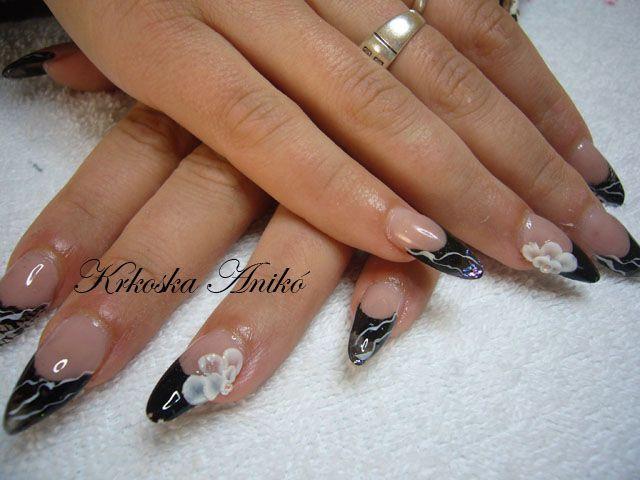 black gel nails | Aniko Ann