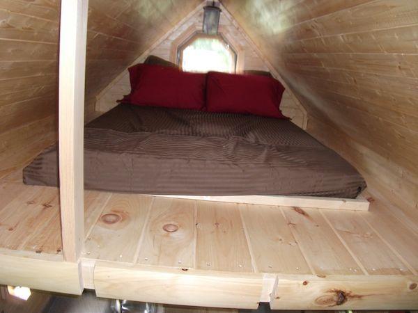 Log Cabin Loft Tiny Homes On Wheels Pinterest
