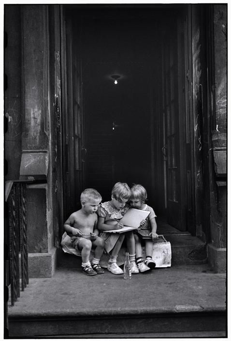 U.S. Street scene in NY // By Elliott Erwitt