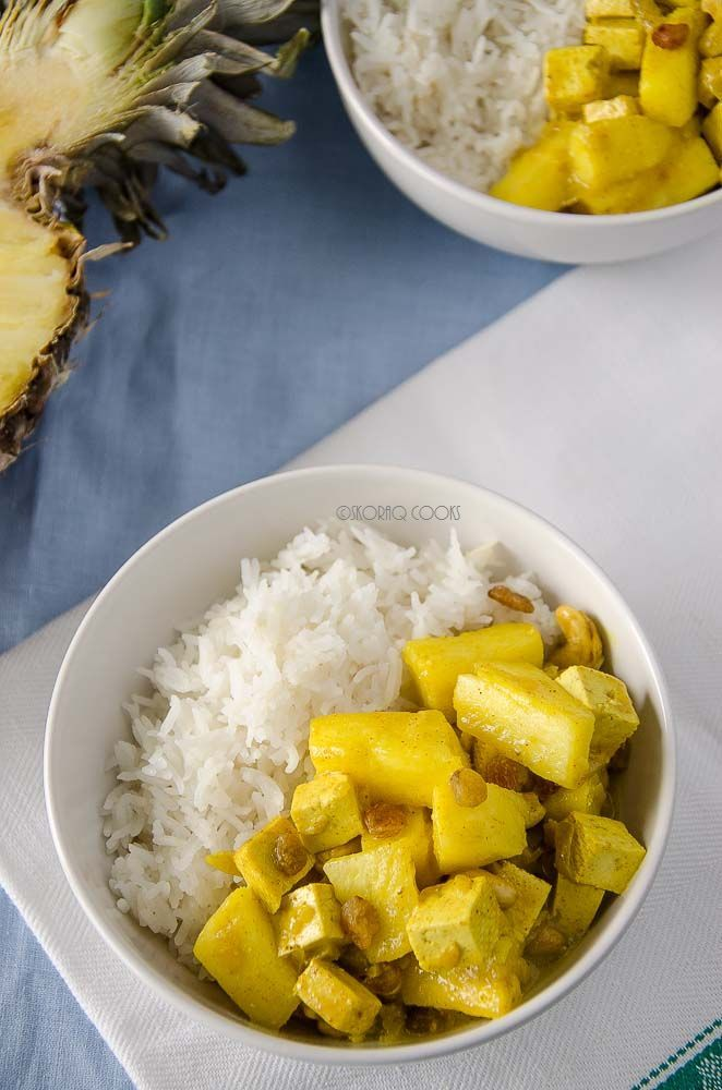 skoraq cooks Curry with tofu and pineapple / pineapple and tofu curry