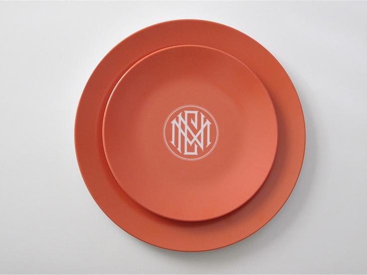 Pretty #monogram plates from Julia B.