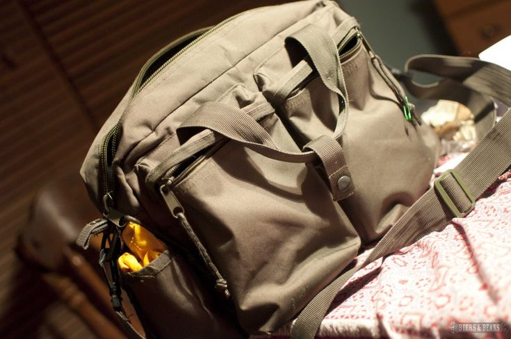 How to Make a Budget & Fantastic Travel Camera Bag (that doesn't look like a camera) for as little as $7