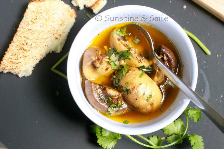Roasted Garlic Mushroom Soup | favorite recipes & ones to try | Pinte ...