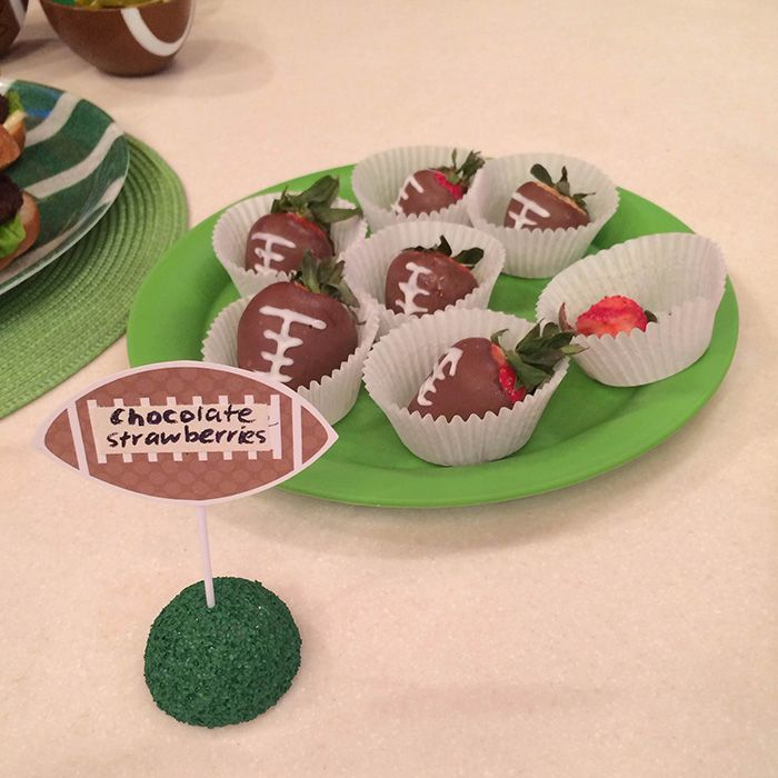 Chocolate Covered Strawberry Footballs @Matty Chuah Nest