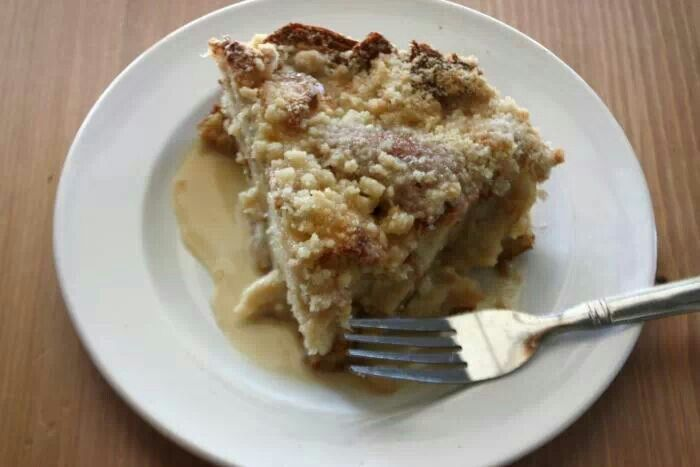 Cinnamon Bread Pudding with Rum Sauce   Sara's House : Recipes   Pint ...